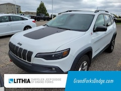 Used 2019 Jeep Cherokee Trailhawk 4x4 SUV Grand Forks, ND