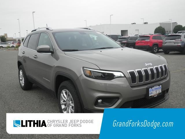 New 2019 Jeep Cherokee LATITUDE 4X4 Sport Utility Grand Forks, ND