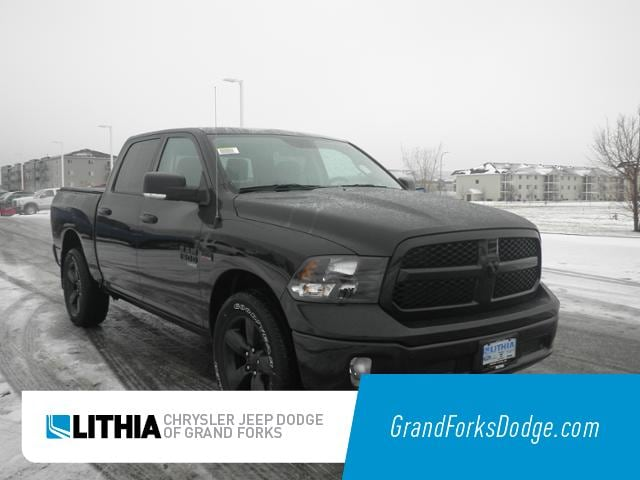 New 2019 Ram 1500 Classic BIG HORN CREW CAB 4X4 5'7 BOX Crew Cab Grand Forks, ND