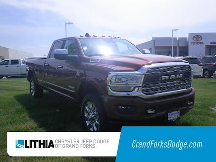 New 2019 Ram 3500 LIMITED CREW CAB 4X4 8' BOX Crew Cab Grand Forks, ND