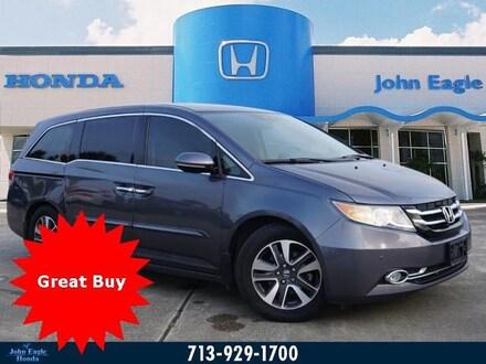 2016 Honda Odyssey Touring Elite Van Passenger Van
