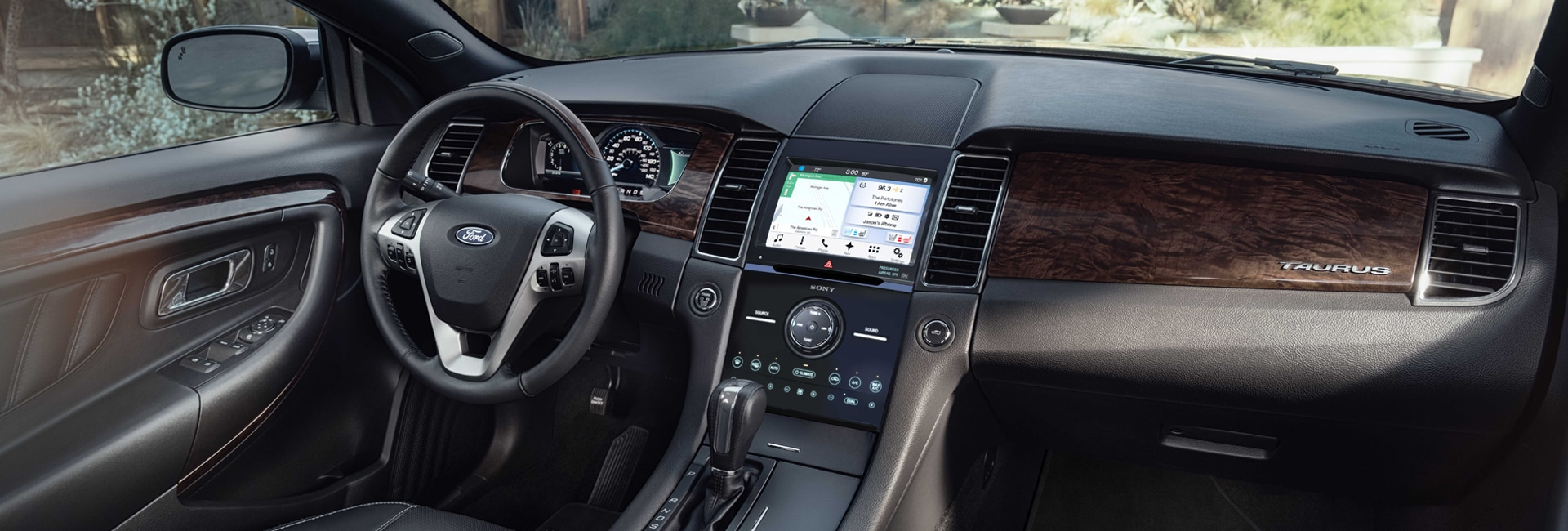 Ford Taurus Interior Vehicle Features