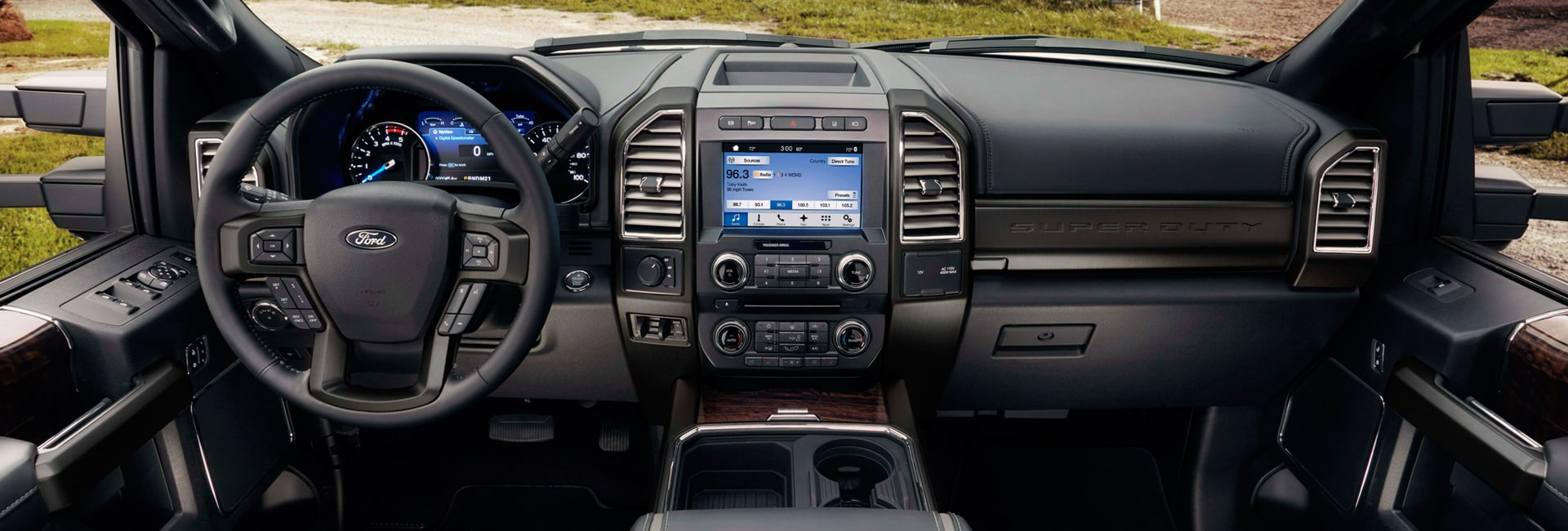 Ford F-250 Interior Vehicle Features
