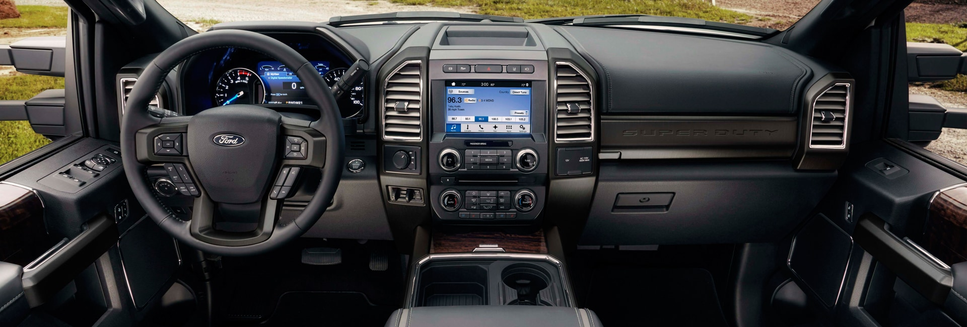 Ford F-350 Interior Vehicle Features