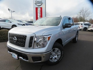 New 2019 Nissan Titan SV Truck Crew Cab Eugene, OR