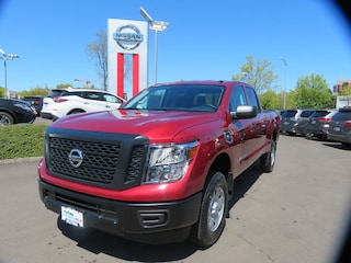 New 2019 Nissan Titan XD S Gas Truck Crew Cab Eugene, OR