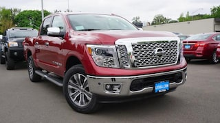 New 2018 Nissan Titan SL Truck Crew Cab Eugene, OR