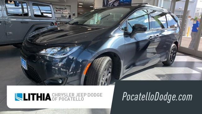 New 2019 Chrysler Pacifica TOURING L Passenger Van Pocatello, ID