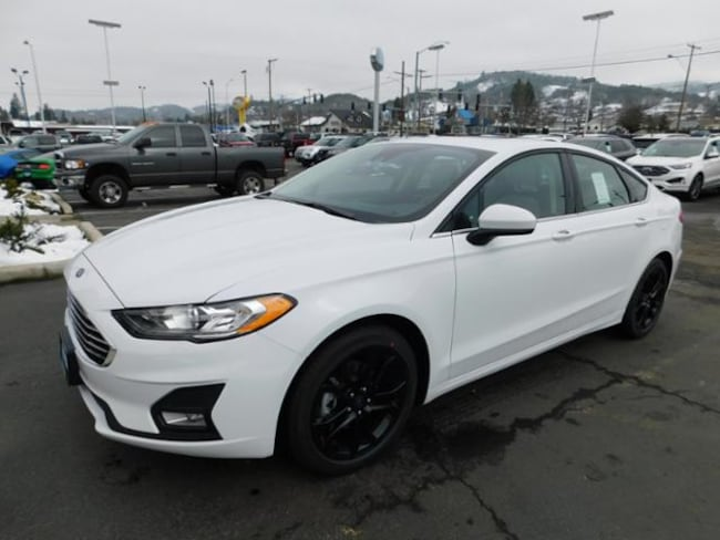 New 2019 Ford Fusion SE Sedan Roseburg, OR