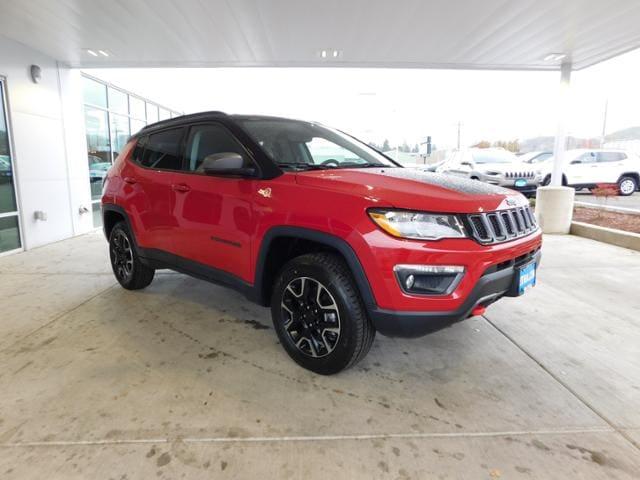 new 2019 jeep compass trailhawk 4x4 sport utility redline pearlcoat