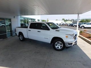 New 2019 Ram 1500 TRADESMAN CREW CAB 4X4 6'4 BOX Crew Cab Roseburg, OR
