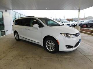 New 2018 Chrysler Pacifica TOURING L PLUS Passenger Van Roseburg, OR