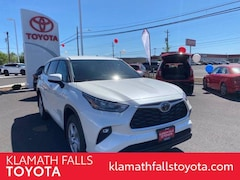 New 2020 Toyota Highlander LE SUV For sale in Klamath Falls, OR