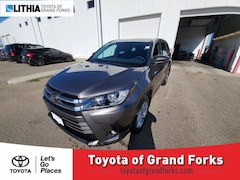 New 2019 Toyota Highlander Limited V6 SUV Grand Forks, ND