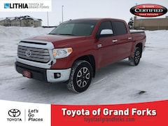 Certified Pre-Owned 2017 Toyota Tundra Limited Crewmax 5.5 Bed 5.7L FFV Truck CrewMax Grand Forks, ND