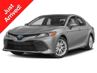 New 2019 Toyota Camry Hybrid SE Sedan Medford, OR