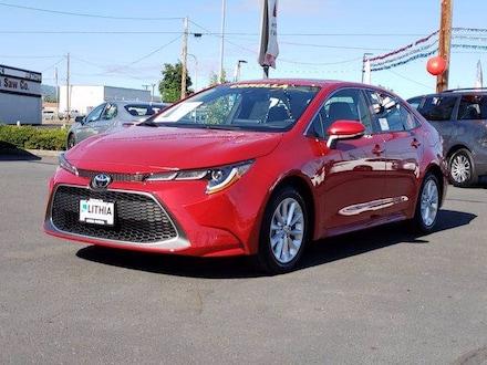 New 2021 Toyota Corolla XLE Sedan serving Medford, OR