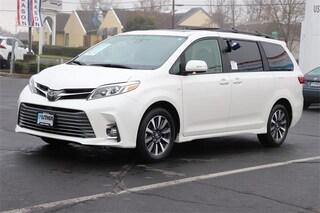 New 2019 Toyota Sienna Limited 7 Passenger Van Medford, OR