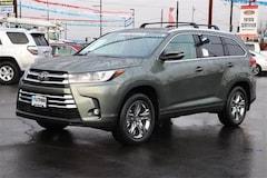 New 2019 Toyota Highlander Limited Platinum V6 SUV Medford, OR