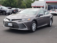 2021 Toyota Camry Hybrid LE Sedan Medford, OR