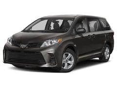 2020 Toyota Sienna SE 7 Passenger Van Passenger Van Medford, OR