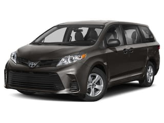 New 2019 Toyota Sienna SE Premium 7 Passenger Van Medford, OR