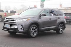 New 2019 Toyota Highlander LE Plus V6 SUV Medford, OR
