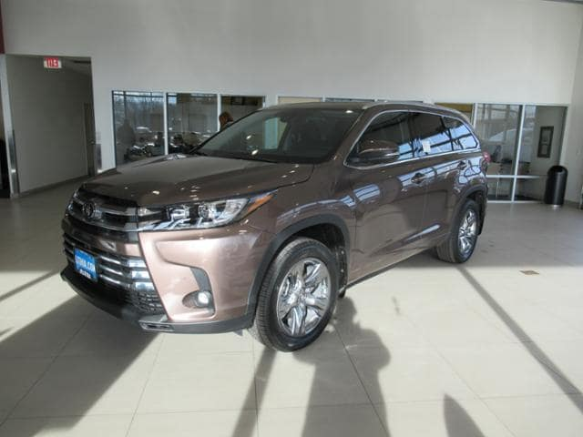 New 2019 Toyota Highlander Suv Limited Platinum V6 Toasted Walnut