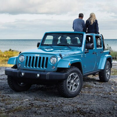 Jeep Wrangler Interior and Exterior Vehicle Features