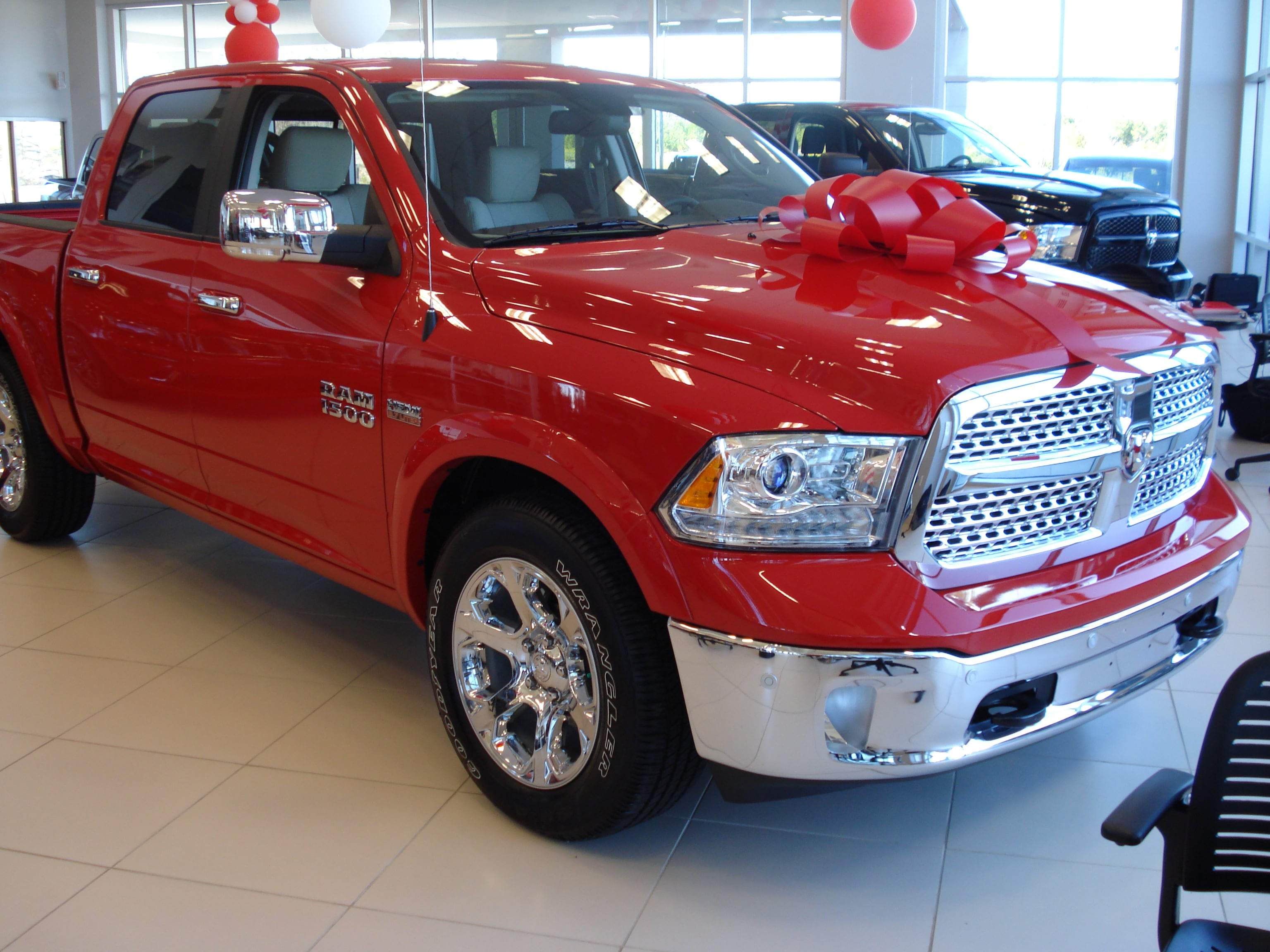 search results 2014 ram 1500 named motor trend truck of the year html autos weblog. Black Bedroom Furniture Sets. Home Design Ideas