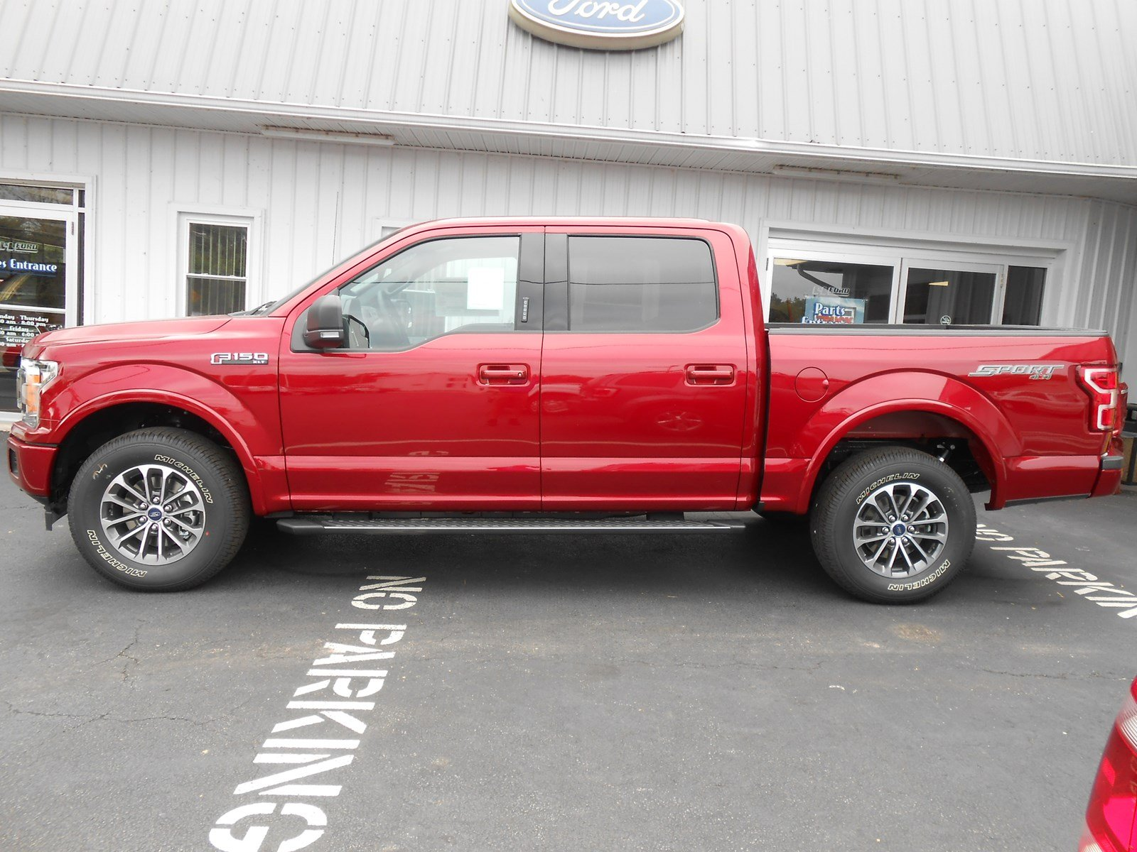 2018 Ford F-150 Super Crew XLT 4x4 XLT 4WD SuperCrew 5.5 Box
