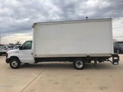 2017 Ford E-350 Cutaway Base Truck
