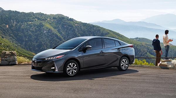 Review: 2017 Toyota Prius Prime