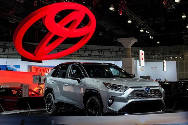 LA Auto Show2019 RAV4/RAV4 Hybrid