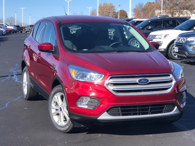 New 2019 Ford Escape SE w/ Tech Package ** Retired Courtesy Car ** SUV in Louisburg, KS
