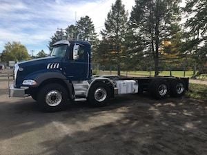 2019 MACK Mack Granite Twin Steer