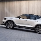2018 Volvo XC40 on a slope