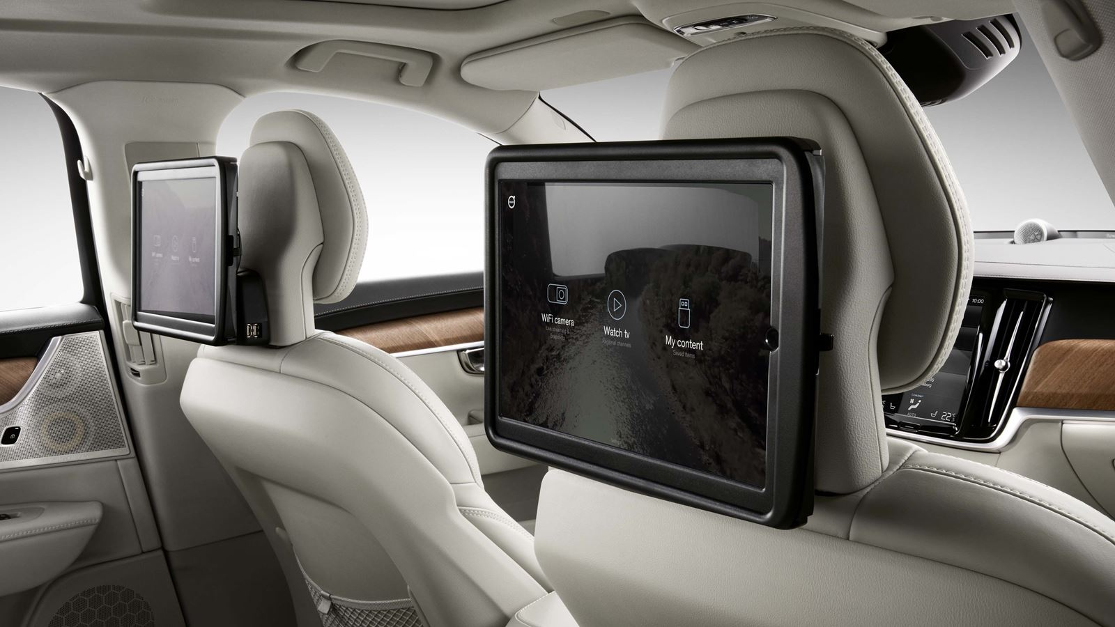 2018 Volvo S90 rear entertainment