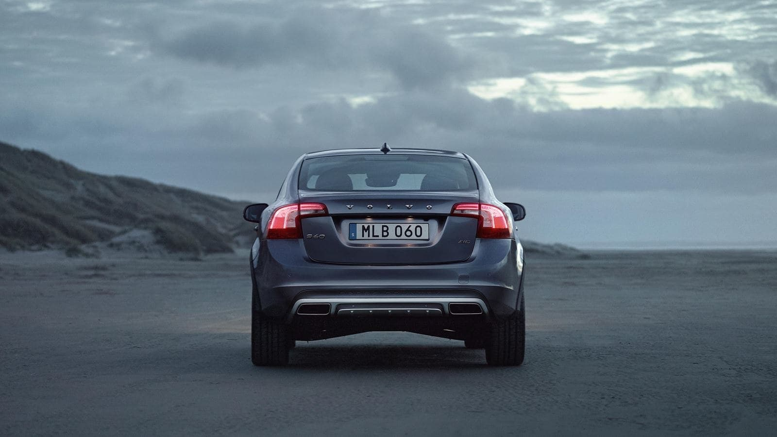 volvo s60 crosscountry exterior back patrik johall