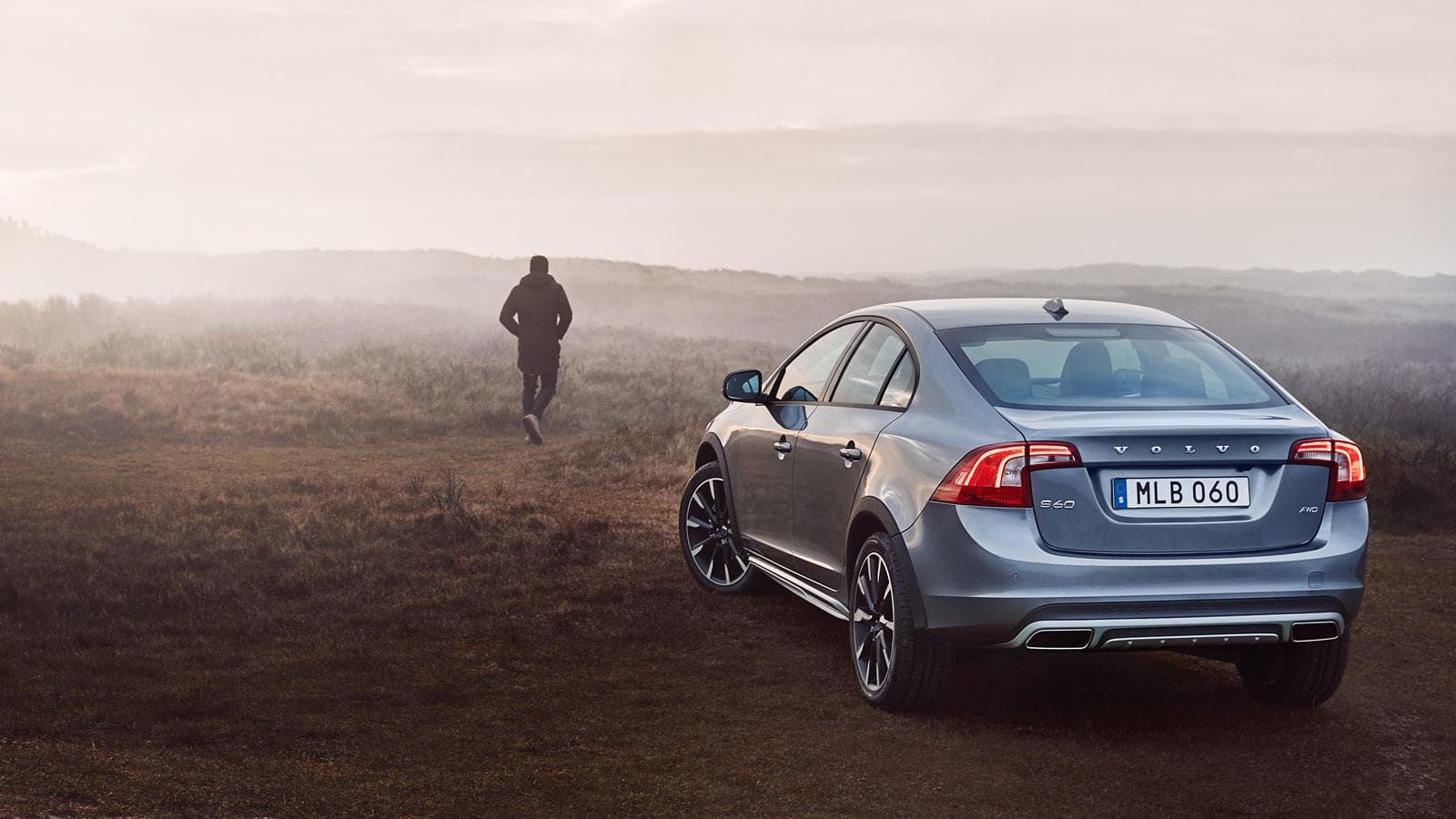 volvo s60 crosscountry exterior left back patrik johall