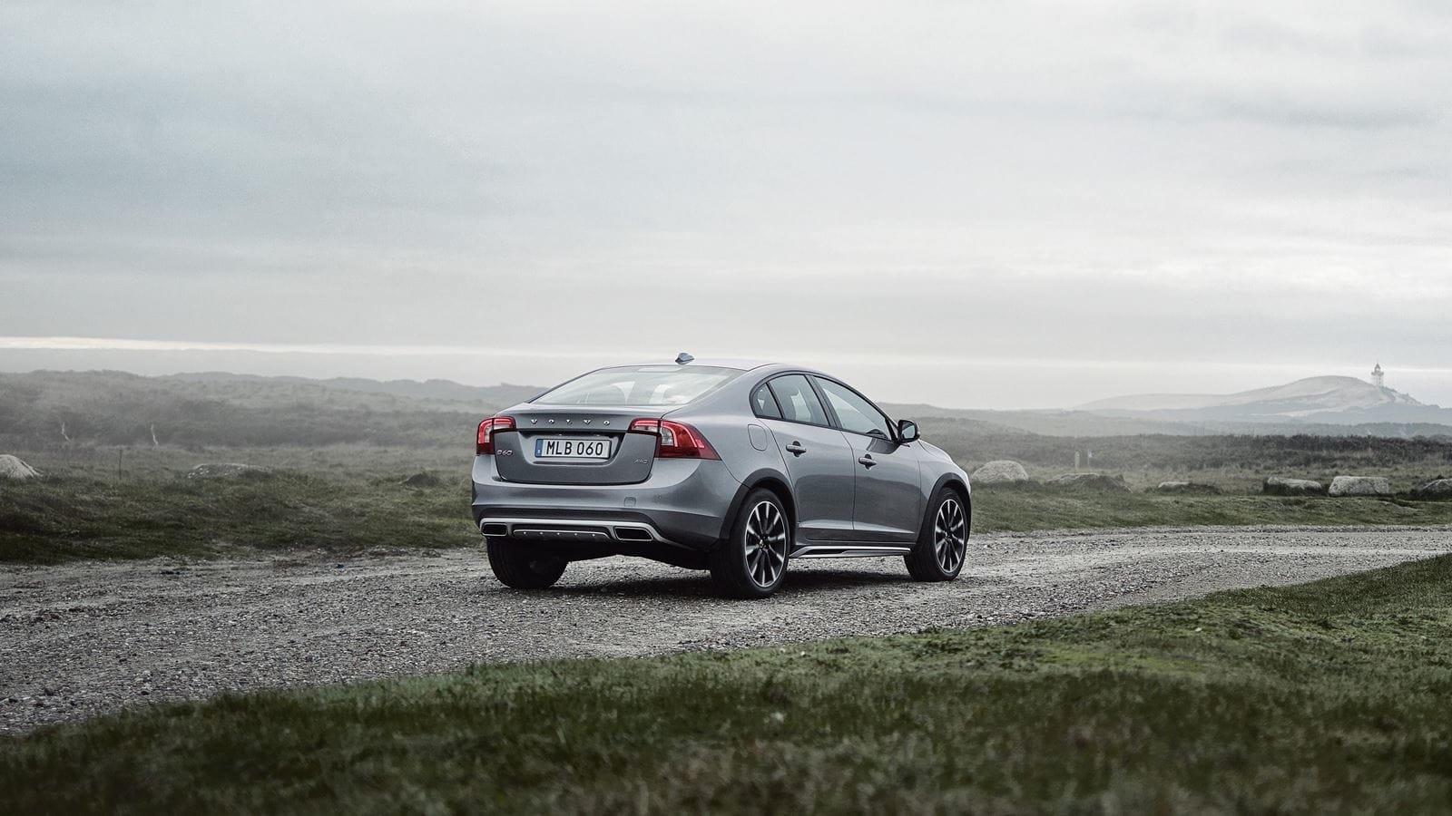 volvo s60 crosscountry exterior right back patrik johall