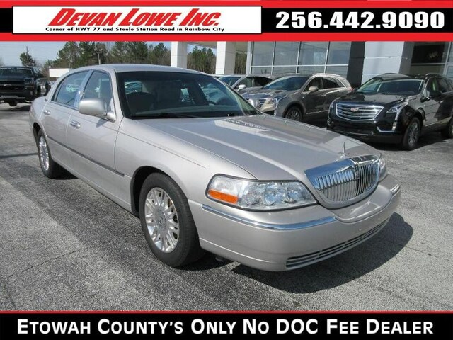 Used 2011 Lincoln Town Car For Sale at Devan Lowe Lincoln