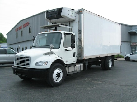 2012 Freightliner M2 106 22' Insulated Refer Van