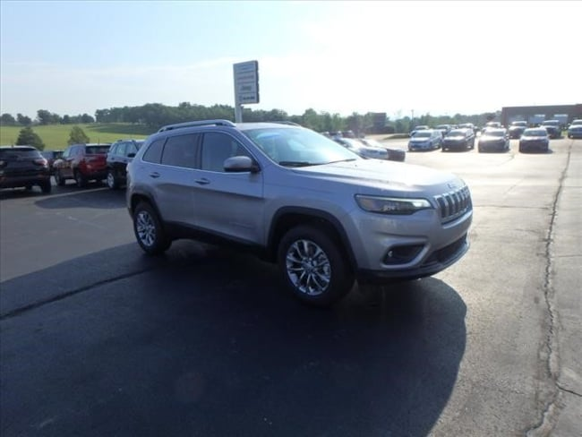 New 2019 Jeep Cherokee LATITUDE PLUS 4X4 Sport Utility For Sale Festus, Missouri