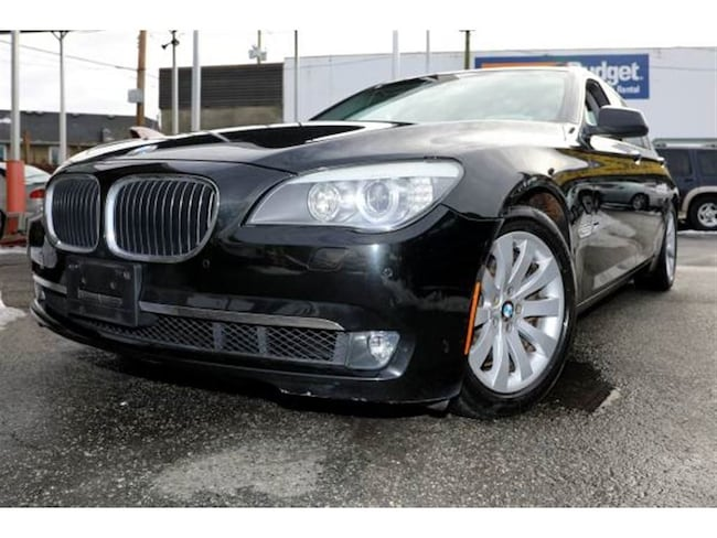 2009 BMW 7 Series No accidents, Low km, Mint condition Sedan