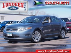 2010 Ford Taurus Limited AWD Sedan