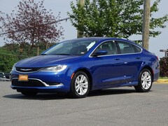 2015 Chrysler 200 Sdn Limited FWD Car