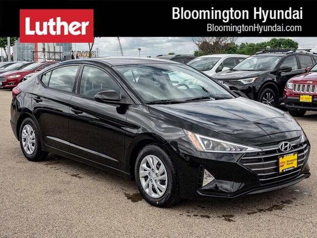 New 2019 Hyundai Elantra SE Sedan Bloomington