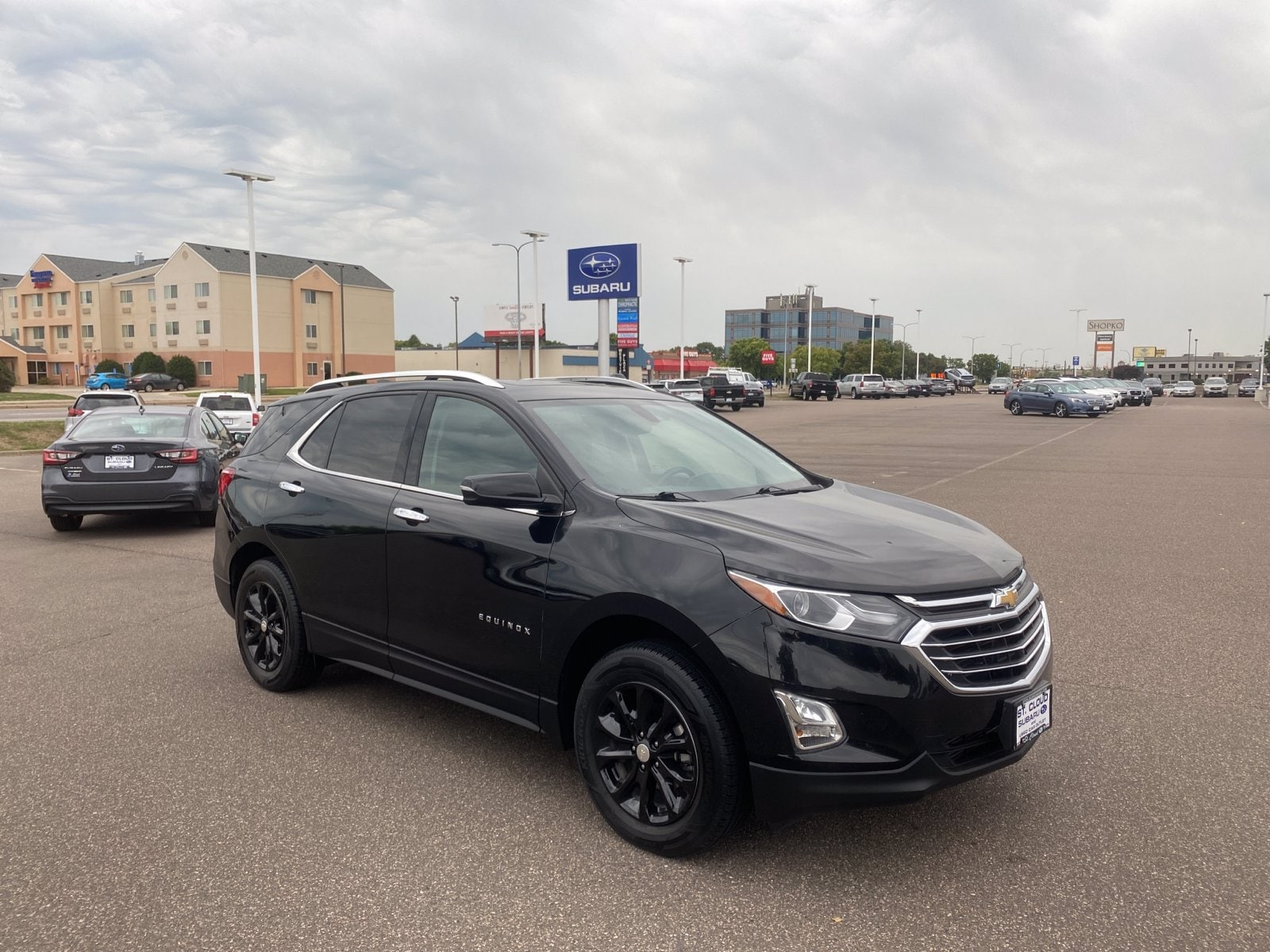 Used 2018 Chevrolet Equinox LT with VIN 3GNAXSEV7JL100589 for sale in Saint Cloud, Minnesota
