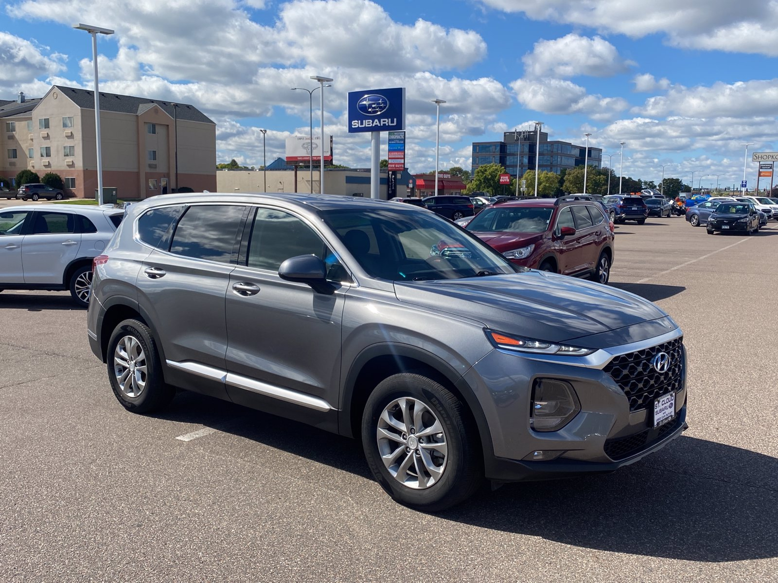 Used 2019 Hyundai Santa Fe SEL with VIN 5NMS3CAD5KH134394 for sale in Saint Cloud, Minnesota